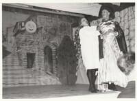 Mohrens sista suck. Sätra Brunn Salongen. Årtal 1962. Bild 4. Lars Wretblad - don Cacaluna. Harald Bohlin - donna Rotunda. Foto.jpg