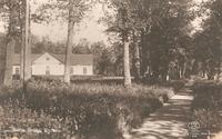 Kyrkan. 1920-tal. Postst Västerås 19.5.25 Ludvig Eriksson 26079 Asida.jpg