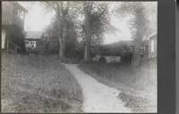 Sätra Brunn. Klockhusets baksida, Berget, gamla iskällaren. 1915-1920. Foto..jpg