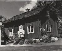 Sätra Brunn. Apoteket. Notering baksida Astrid S. Årtal X.jpg