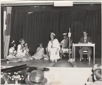 Kabare´ 1956. Bild 9.<br /><br />